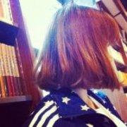 你会喜欢的短发女生气质QQ头像